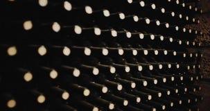 Flessen oude wijn in een kelder Rood Heldendicht stock video