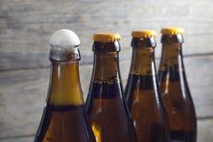 Flessen van bierclose-up Stock Afbeelding