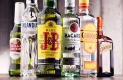 Flessen van geassorteerde globale sterke drankmerken Royalty-vrije Stock Foto