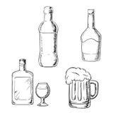 Flessen wijn, alcoholische drank, whisky en bier Stock Fotografie