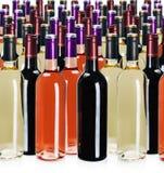 Flessen wijn van verschillende types stock foto
