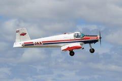 Fletcher FU-24 rolniczy samolot w powietrzu obrazy royalty free