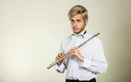 Fletowy muzyczny bawić się flecisty muzyka wykonawca Obrazy Royalty Free