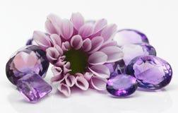 Fleur avec des pierres de gemme Images libres de droits