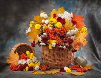 Fleur de bouquet d'automne images libres de droits