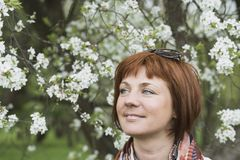 Fleur de femme au printemps photo libre de droits