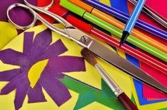 Fleur de l'applique de l'enfant de papier coloré Photo libre de droits