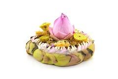 Fleur de Lotus défraîchie d'isolement sur le fond blanc avec le chemin de coupure Photos libres de droits