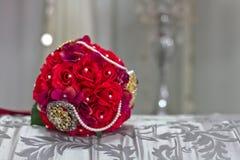 Fleur de main pour épouser Images stock