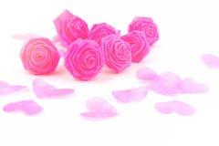 Fleur de tissu de rose de rose et petit cerf sur le fond blanc pour V Image libre de droits