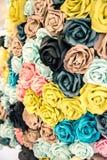 Fleur faite à partir de la coupe de papier de couleur, faite main Photographie stock
