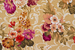Fleur imprimée sur le tissu. Images libres de droits
