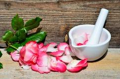Fleur rose en bois Image libre de droits