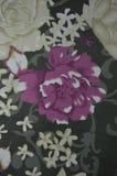 Fleur sur un tissu Images libres de droits