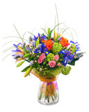 Fleurissez le bouquet des roses, de l'iris et des fleurs de statice Photo stock