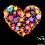 Fleurissez le coeur en feu d'isolement sur le fond noir Coeur du feu Photographie stock libre de droits