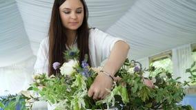Fleurit la décoration de mariage d'événement clips vidéos