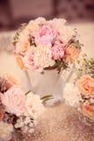 Fleurit la décoration pour la table Images libres de droits