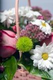 Fleurit le bouqet sur le blanc Photo stock