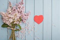 fleurit le rouge de coeur Photographie stock