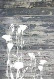 Fleurs abstraites sur la vieille texture en bois peinte de vintage Photos libres de droits