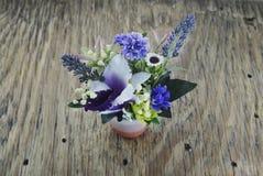 Fleurs artificielles Photo libre de droits