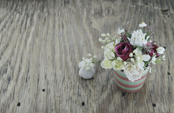 Fleurs artificielles Photo stock