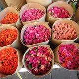 Fleurs auxiliares de Marché Imagens de Stock Royalty Free