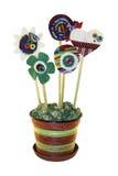 Fleurs colorées faites main d'isolement de l'heureux Photos stock