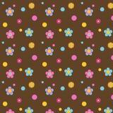 Fleurs colorées multi sur Brown Image libre de droits