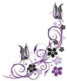 Fleurs d'été avec des papillons Images libres de droits
