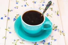 fleurs de cuvette de café Images stock
