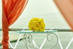 Fleurs de décor de mariage dans le style de corail Image libre de droits