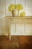 Fleurs de Hydrangea avec le regard de cru d'âge Images libres de droits