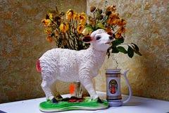 Fleurs de moutons de jouet photographie stock