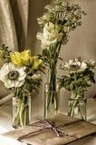 Fleurs de pot de confiture Photos libres de droits