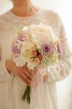 Fleurs de robe de mariage Photos libres de droits