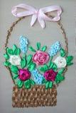 Fleurs de ruban brodées par couture Images stock