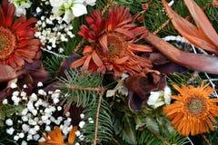 Fleurs de vintage et feuilles sèches, fond floral romantique Photographie stock