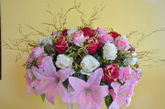 Fleurs en plastique Photo libre de droits