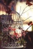 Fleurs en prison images libres de droits