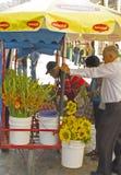 Fleurs en vente Images libres de droits