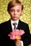 Fleurs et étouffé avec des baisers Images libres de droits