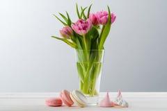Fleurs et bonbons à macaronis image libre de droits