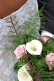 Fleurs et robe Images stock