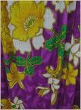 Fleurs indonésiennes abstraites de batik sur le style tricoté Image libre de droits