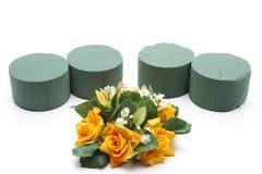 Fleurs mettant la mousse avec floral Photo stock