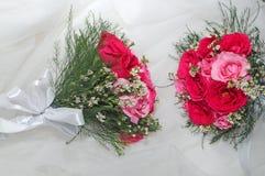 Fleurs pour la jeune mariée Image stock
