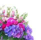 Fleurs roses et bleues lumineuses photo libre de droits