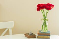 Fleurs rouges de ranunculus Images stock